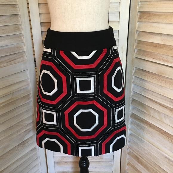 Ann Taylor Dresses & Skirts - [Ann Taylor] Geometric Design Straight Skirt
